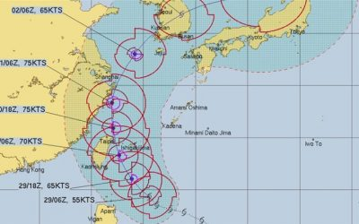 Hurricane Mitag reinforces toward the east of Taiwan